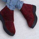 Бордовые замшевые коротие ботинки на платформе демисезон натурльная замша