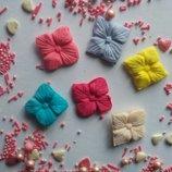 Сахарные цветочки четырехлистник, большие, для украшения кондитерских изделий, Цена за 3 шт.- 1 грн