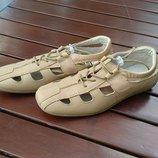 Туфли - мокасины B&G бежевые - 34р.