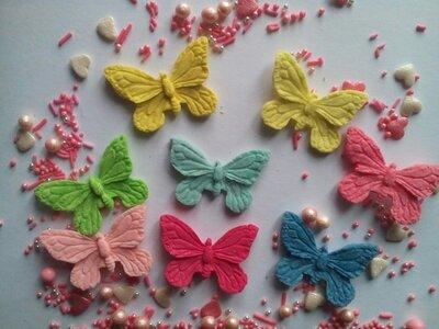 Сахарные бабочки большие для украшения кондитерских изделий, размер на фото. Цвета разные Цена за 2