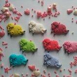 Сахарные барашки для украшения кондитерских изделий, размер на фото. Цвета разные Цена за 2 шт.- 1 г