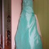 Платье для выпускного вечера.