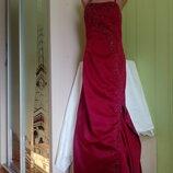 Платье для выпускного вечера и прочих торжественных мероприятий.