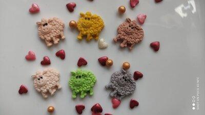 Сахарные барашки для украшения кондитерских изделий. размер на фото. Цена за 2 шт.- 1 грн. Цвета ра