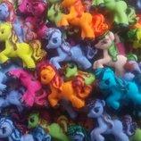 Сахарные лошадки пони для украшения кондитерских изделий. размер на фото. Цена за 2 шт.- 1 грн. Цве