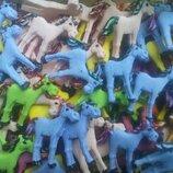 Сахарные лошадки для украшения кондитерских изделий. размер на фото. Цена за 2 шт.- 1 грн. Цвета ра