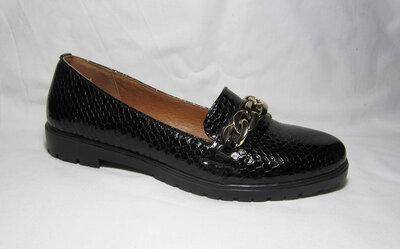 Распродажа женские туфли лоферы 37 38 39 размер