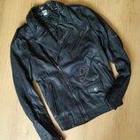 Шикарная черная кожаная косуха от Vera Pella
