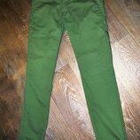 Брюки ZARA Men зеленые модные крутые карманы летние демисезон W32L32