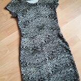 Стильное платья р. S, M