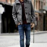 Серое мужское шерстянное пальто от английского бренда F&F. Размер S. Пальто имеет много карманов, н