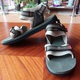 Сандалии Adidas, размер 40