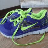кросовки 24 см см 38 рр салатовие фиолетовие Nike Найк оригинал