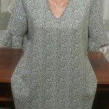 Стильная брендовая платье туника с интересной горловиной р.16. Papaya.