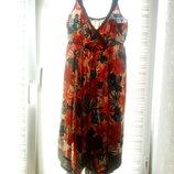 Стильное летнее платье со стройнящим эффектом. XL / 2XL