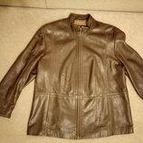 Курточка из натуральной кожи женская фирмы M&S р18 рост 160см