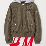 Демісезонні куртки з вишивкою для дівчат 9-12 років від H&M Швеція