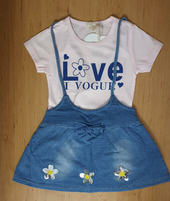 Летний комплект для девочки сарафан и футболка
