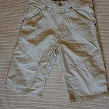 Стильные современные х/б шорты цвета хаки H&M. Швеция 146 см