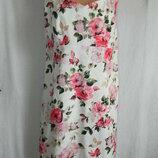 Нежное платье с цветочным принтом 18p