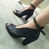 Кожаные дизайнерские туфли 17420 ,р-ры 36-40,любой цвет