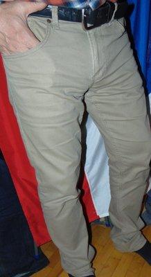 Брендовие нарядние стильние фирменние брюки Crafted C&A Германия .34-32.л .