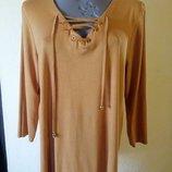 Трикотажная блуза канареечного цвета, с люверсами и шнуровкой,батал