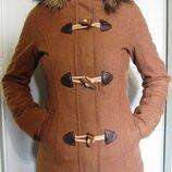 Пальто деми с капюшоном 34 р-р