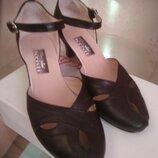 Черные открытые туфли