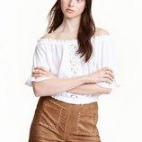 Шорты из эко-замши с плетением на карманах H&M