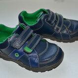 Кожаные кроссовки Clarks с мигалками 21р.