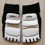 Защита на ноги, перчатки.