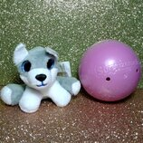 Мягкая игрушка-сюрприз в шаре собачка хаски Surprizamals