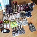 Наша обувочка на девочку от 30 до 33 размера. освобождаем шкаф