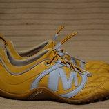 Отличные комбинированные кожаные кроссовки цвета охры Merrell сша 39