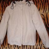 Спортивная куртка молочного цвета,р.8,бангладеж.
