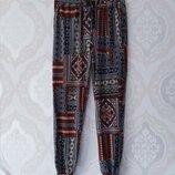 Размер S /M Стильные фирменные натуральные летние штаны