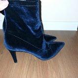 Шикарные бархатные ботинки