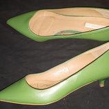37р-24 с носка кожа туфли Zara каблук 4 см ширина стельки 7.5
