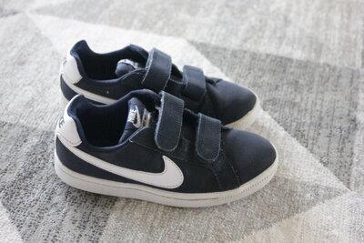 3b2a5c83 Кроссовки на мальчика Nike размер 11 на 28,5: 400 грн - спортивная ...