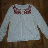Белая рубашка, блузка, вышиванка на 6-7 лет