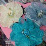 Цветочки из органзы на резинках