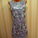Вечернее эффектное платье c вышивкой лентами можно к выпускному вечеру.