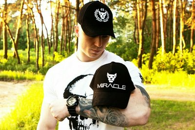 Кепка Miracle Brand