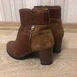 Новые,натуральный замш, натуральная кожа, коричневые, нарядные, красивые, ботинки, демисезон, легкие