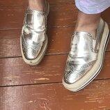Крутые золотые лоферы туфли Zara