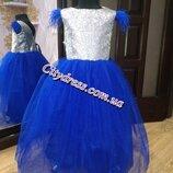 нарядное детское платье с перышками , паеткой