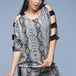 Женский летний стрейчевый костюм двойка с принтом питон ткань софт большие размеры скл.1 арт.53168