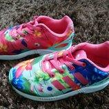 Кросівки Adidas 27р 16,5см для дівчинки