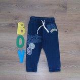Новые трикотажные джинсы Next с принтами